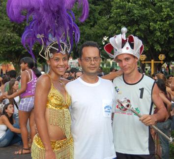 A Rainha do Cassifolia 2009 Cintia Rosa Dutra, o secretário Eder Menezes e o Rei Momo Daniel MartinsEstela Mariano