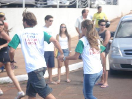 Os dirigentes foram recebidos com slogan: O Pantanal é aqui, e a Copa é Nossa.Bruna Girotto