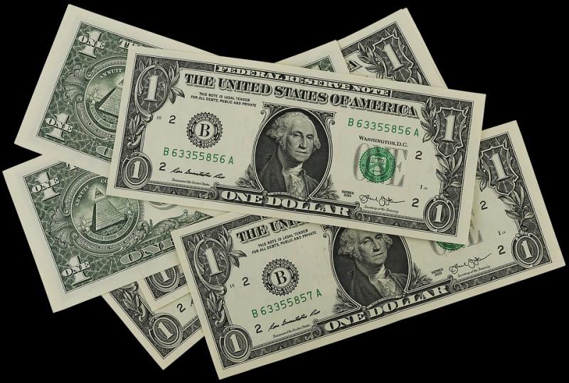 Dólar sobe pela sexta vez seguida