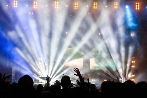 Covid-19: MP regulamenta reembolso de shows, cinemas e pacotes turísticos