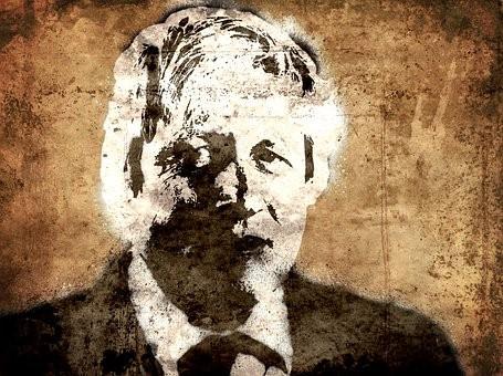 Boris Johnson deixa hospital após ser internado e ficar na UTI por Covid-19