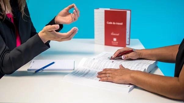 Suspensão de contrato ou redução de jornada vale para domésticas