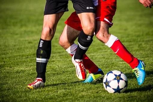 Com maratona à vista, Fifa propõe 5 substituições por time na retomada dos jogos