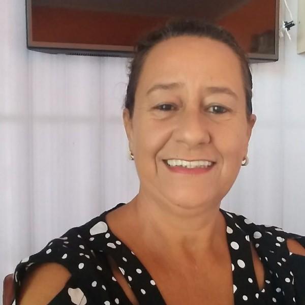 Por problemas de saúde a profa. Carmem Montello pediu licença do comando da Secretaria de Assistência Social por 30 dias. Em seu lugar assumiu Doroti Garcia de Freitas (foto) até 7 de junho.