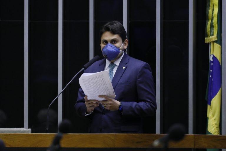 Plenário aprovou o texto substitutivo do relator, deputado Juscelino Filho . Foto: Najara Araujo,  Agência Câmara de Notícias