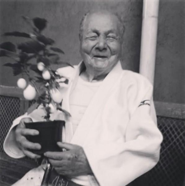Sensei Massao Shinohara morreu aos 95 anos — Foto: Reprodução / Instagram CBJ
