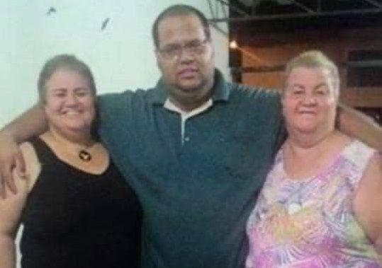 Covid: removemos o corpo da minha avó sozinhos, diz homem que perdeu 3 parentes