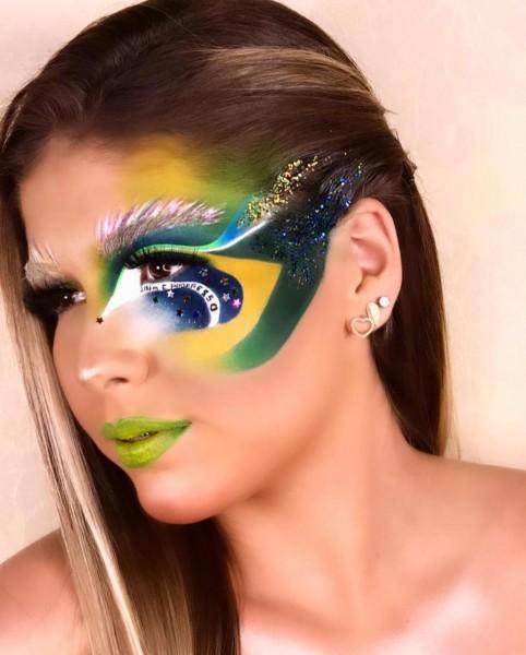 Modelo Vitória Rodrigues Azambuja