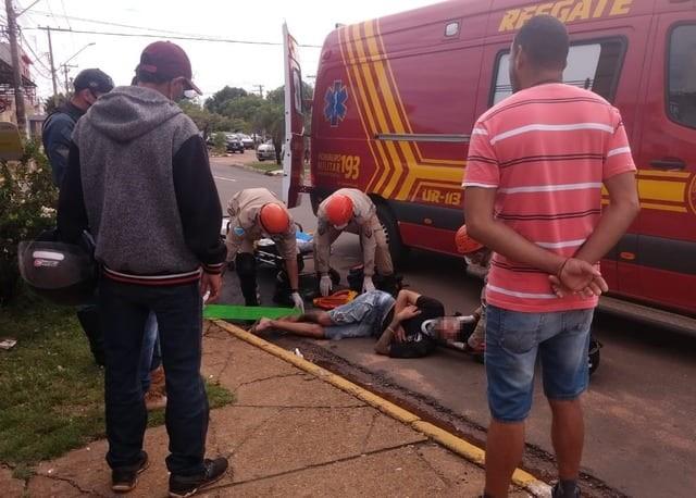 Motociclista foi socorrido. Imagem: Rádio Caçula