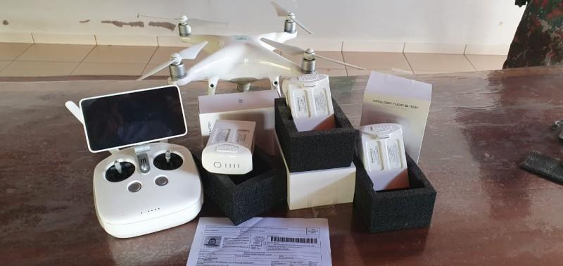 Fotogaleria: Conselho de Segurança entrega baterias para o drone da PMA