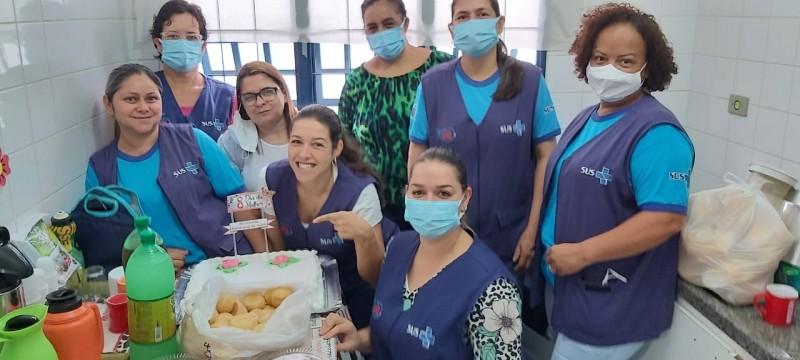 Fotogaleira: Secretaria Municipal Saúde preparou uma surpresa para as mulheres