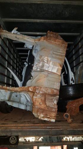 Polícia prende em flagrante homem que vendia peças de veículo roubado