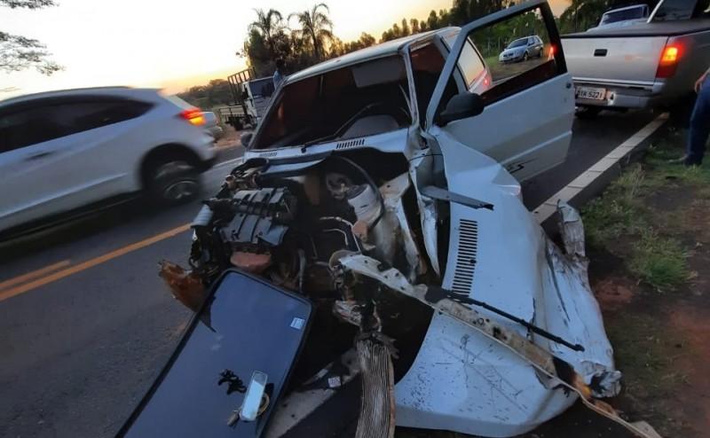 Fotogaleria: veículos colidem em acidente entre Jales e Vitória Brasil