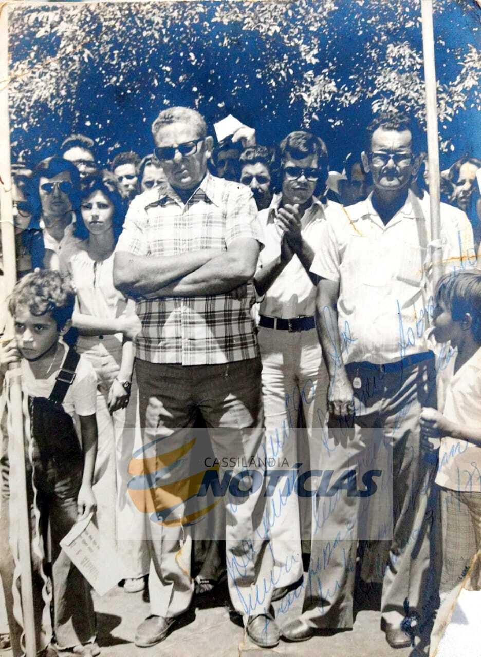 Foto-História: inauguração do telefone interurbano em Cassilândia