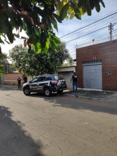 Polícia cumpre prisão de investigados por estelionato e furto de gado
