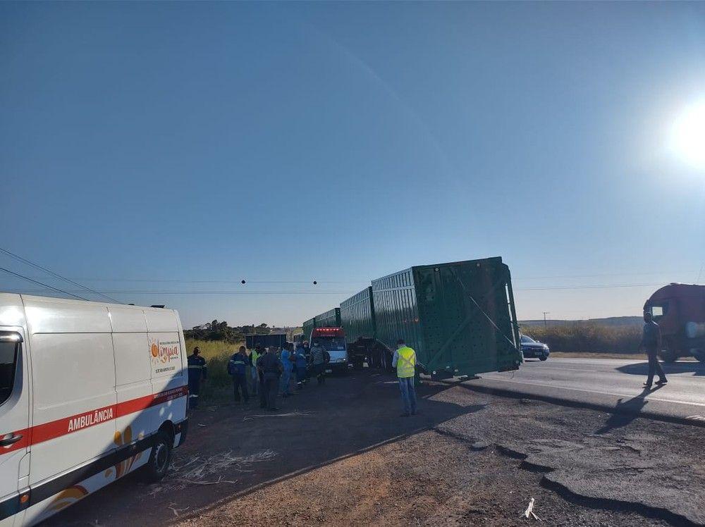 Acidente deixa 15 pessoas feridas em rodovia da região de Olímpia