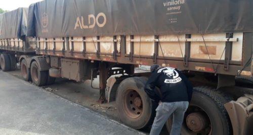 Motoristas forjam frete para desviar cargas de aço e grãos em Goiás