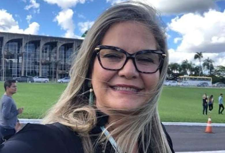 Jornalista que perdeu a filha para a Covid morre duas semanas depois