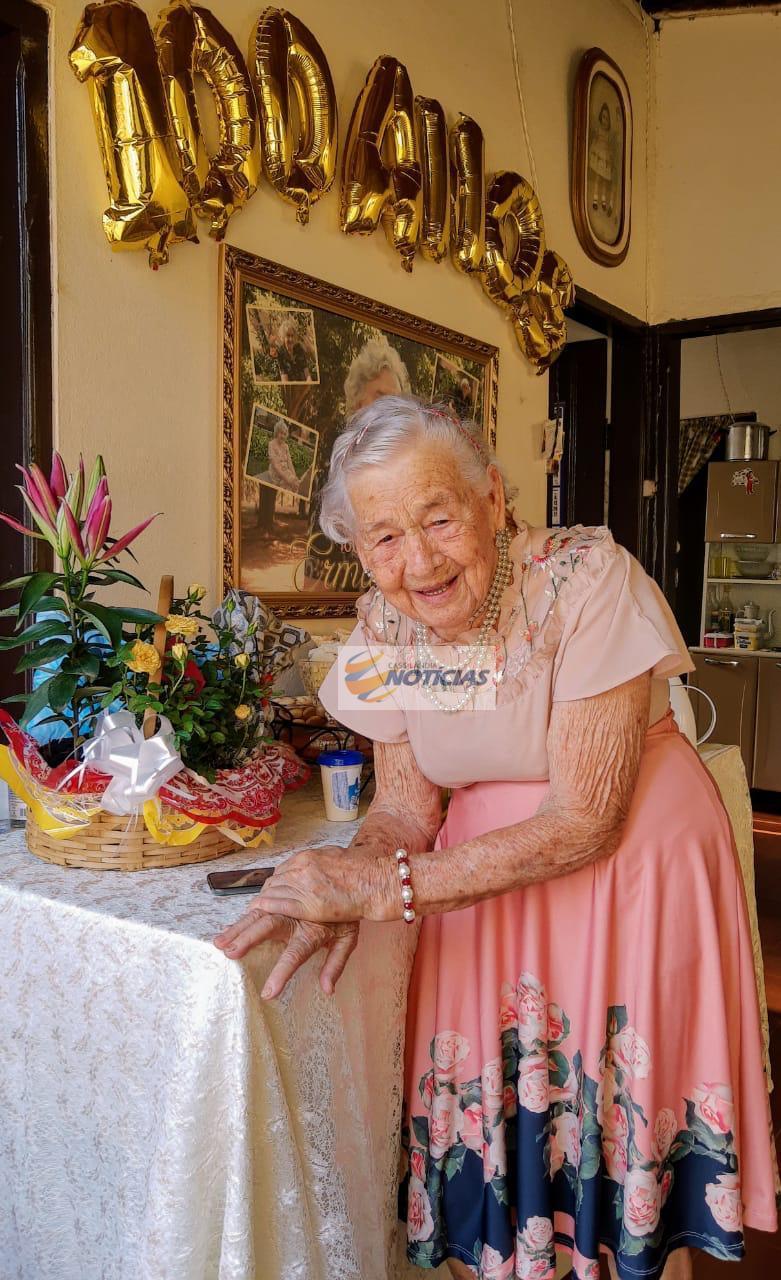 Fotogaleria: morre, aos 100 anos, Ermantina Gouveia Barbosa