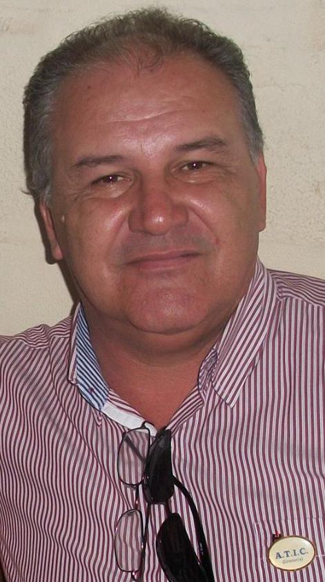O Valdir Machado, o Valdir das Persianas, teve piora em seu quadro clínico
