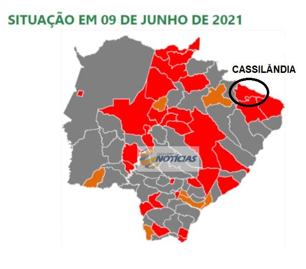 Prosseguir sobe municípios de bandeira e impõe medidas mais rígidas contra a pandemia