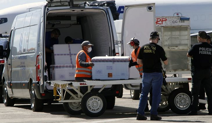 Mato Grosso do Sul recebe novo lote com 105.090 doses da vacina contra Covid-19
