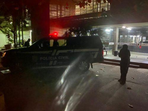 Polícia prende suspeitos de operar esquema para transferência de estudantes de medicina