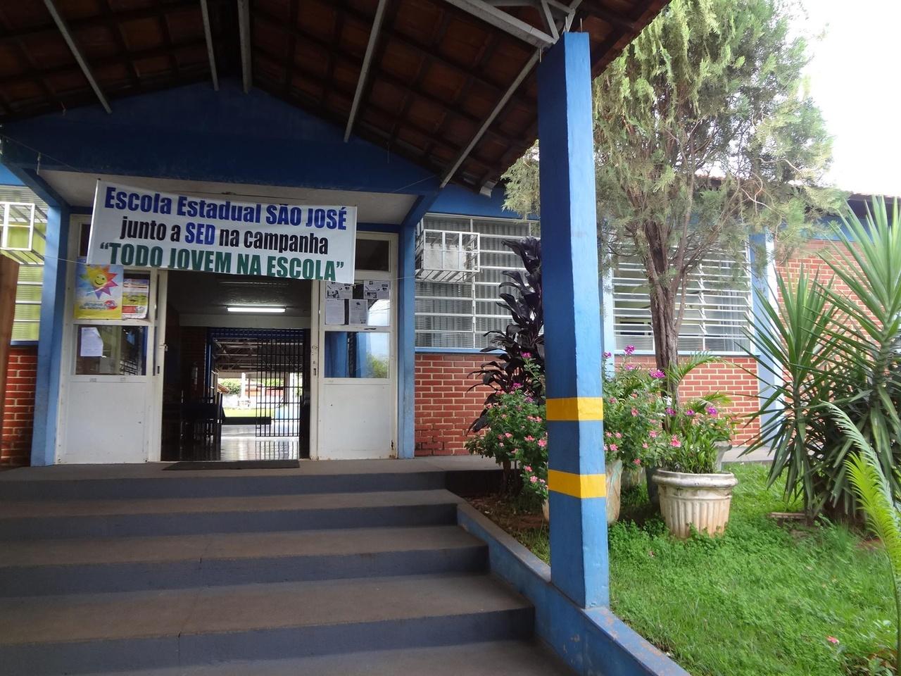 Cassilândia: Escola Estadual São José publica aviso de licitação