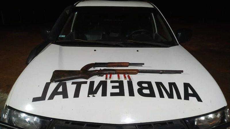 Homem é preso com duas espingardas e munições ilegais em MS