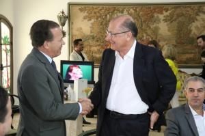 A lealdade de Zé Teixeira e a gratidão do governador