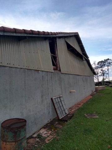 Fotogaleria: temporal de 5 minutos causa estragos na região da Árvore Grande