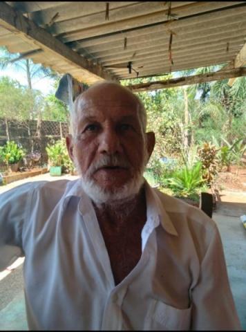Faleceu hoje em Cassilândia, Manoel Cândido, conhecido por Nenê Espanhol, com 77 anos de idade.  Deixa 6 filhos, netos e bisnetos. O velório será amanhã porque está sendo aguardado um filho que reside no Estado de Tocantins.